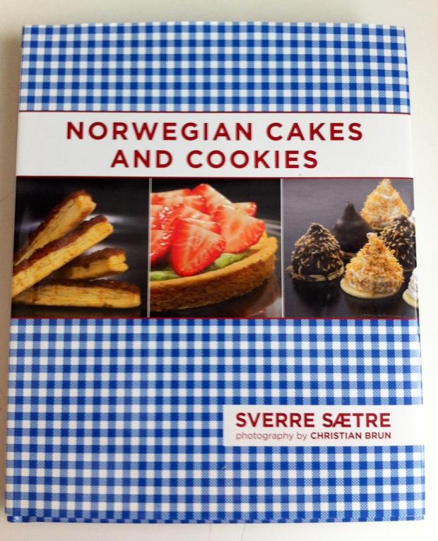 Norwegian Cakes and Cookies by Sverre Sætre