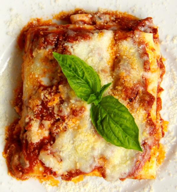 My Family's Christmas Recipes : Lasagne Della Nonna - Grandma's Lasagna (First Course)