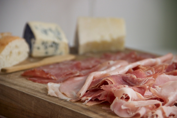 My Family's Christmas Recipes : Tagliere Di Salumi - Cured Meats Platter (Appetizer)