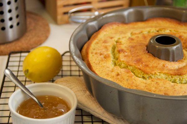 Avocado-Lemon Cake