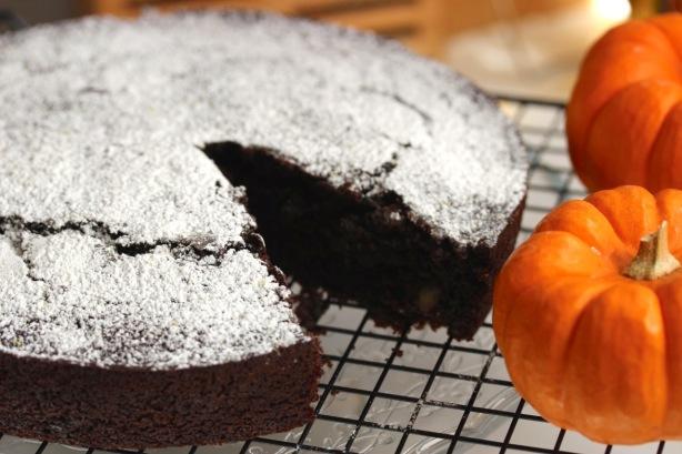 PumpkinChocolateCake_BLAD blog - 10 copy
